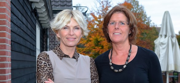 Leoniek van der Maarel en Anita Witzier