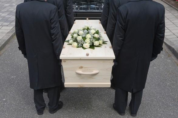 'Hier liggen geen oude mannen met medailles begraven'