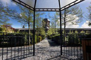 Bijzondere bijeenkomsten op Haagse begraafplaatsen