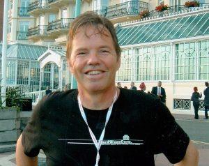 Peter de Waard schreef duizend necrologieën