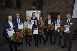 17 uitvaartverzorgers van Monuta ontvangen NaVU-diploma